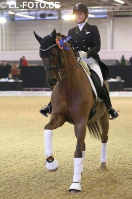 Fiderdance made a brilliant debut in his first Intermediaire II class