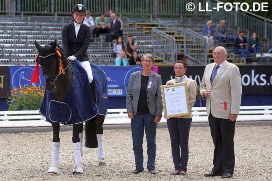 Spitzen-Wochenende: 5. Platz im BuCha-Finale & Gewinn des BMEL-Tierschutzpreises
