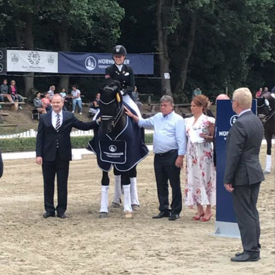 Cadeau Noir zum NÜRNBERGER-BURGPOKAL Finale qualifiziert